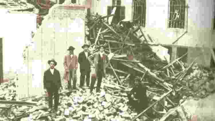 Estima-se que 1,5 mil edificações foram destruídas na capital durante a Revolta de 1924 - Reprodução