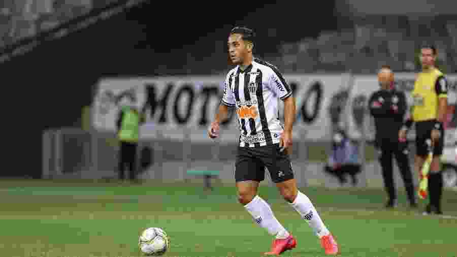 Léo Sena, volante do Atlético-MG, será emprestado ao futebol italiano no mercado da bola - Pedro Souza/Atlético-MG
