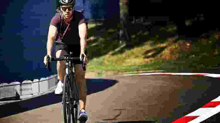 vettel bicicleta - Mark Sutton/Aston Martin - Mark Sutton/Aston Martin