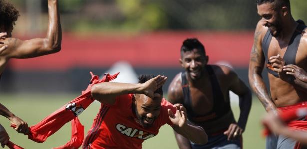 Contratado recentemente, Fernandinho estreou pelo Fla contra o Confiança - Gilvan de Souza/ Flamengo