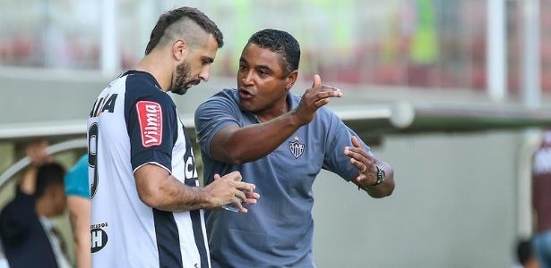 Mesmo com o interesse do São Paulo, Roger deseja a permanência de Pratto no Atlético-MG
