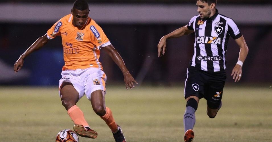 Nova Iguaçu e Botafogo medem forças pela Taça Rio, segundo turno do Campeonato Carioca, de 2018
