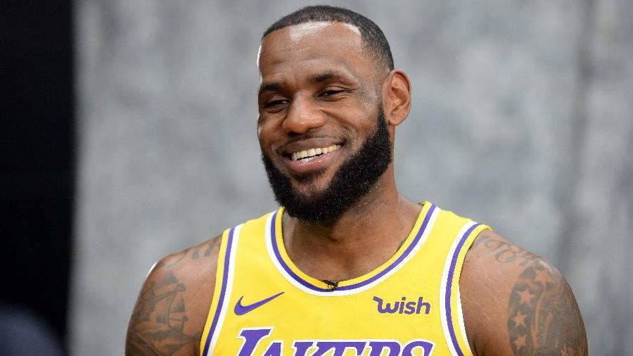 LeBron James em evento do Los Angeles Lakers - Gary A. Vasquez-USA TODAY Sports