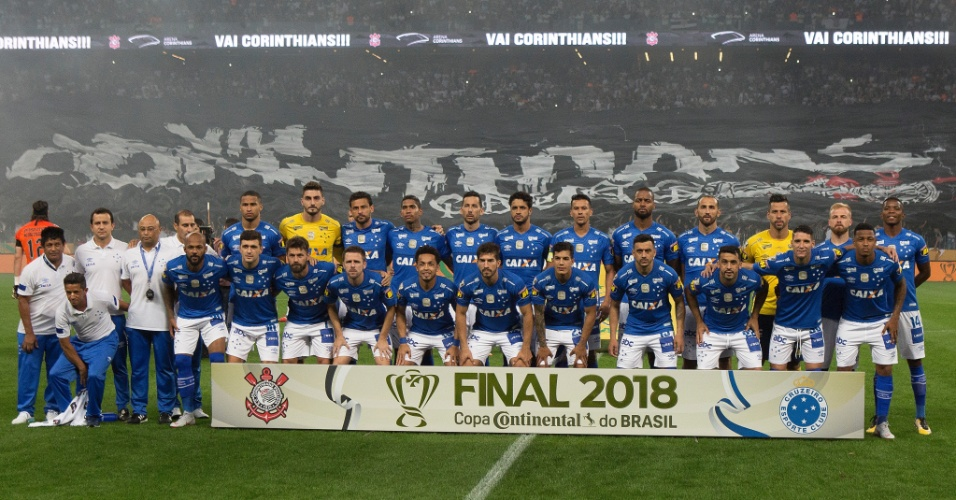 Cruzeiro posa para foto na final da Copa do Brasil 0a458450e6254