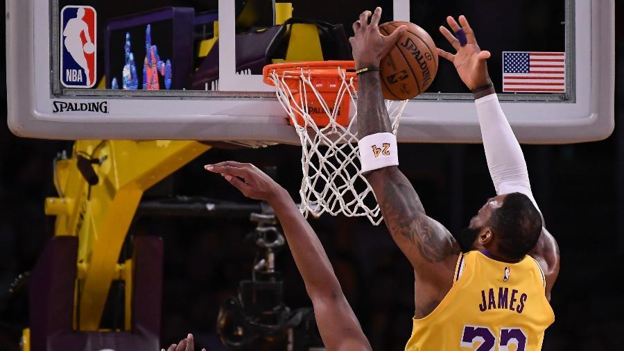 Lakers de LeBron é um dos 22 clubes que seguiriam na disputa caso a NBA aprove regulamento com várias adaptações - Robert Hanashiro/USA TODAY