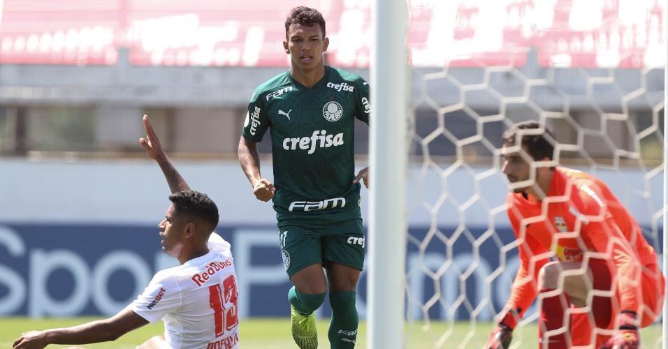 Gabriel Veron marcou um gol na vitória do Palmeiras sobre o Bragantino pela 8ª rodada do Brasileirão