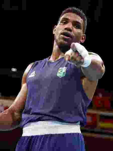 Abner Teixeira comemora vitória nas quartas de final do boxe peso pesado - Buda Mendes/Getty Images - Buda Mendes/Getty Images
