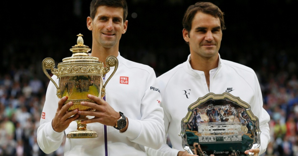 Novak Djokovic e Roger Federer na final de Wimbledon