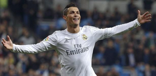 Zinedine Zidane elogiou a força física e a dedicação de Cristiano Ronaldo