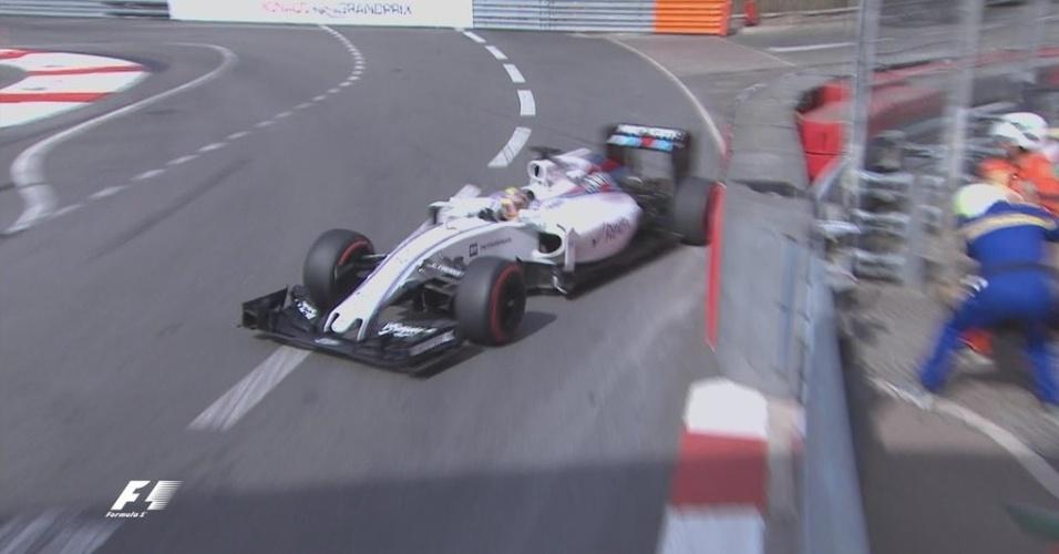 Felipe Massa perde o controle da Williams e bate durante treino livre em Mônaco