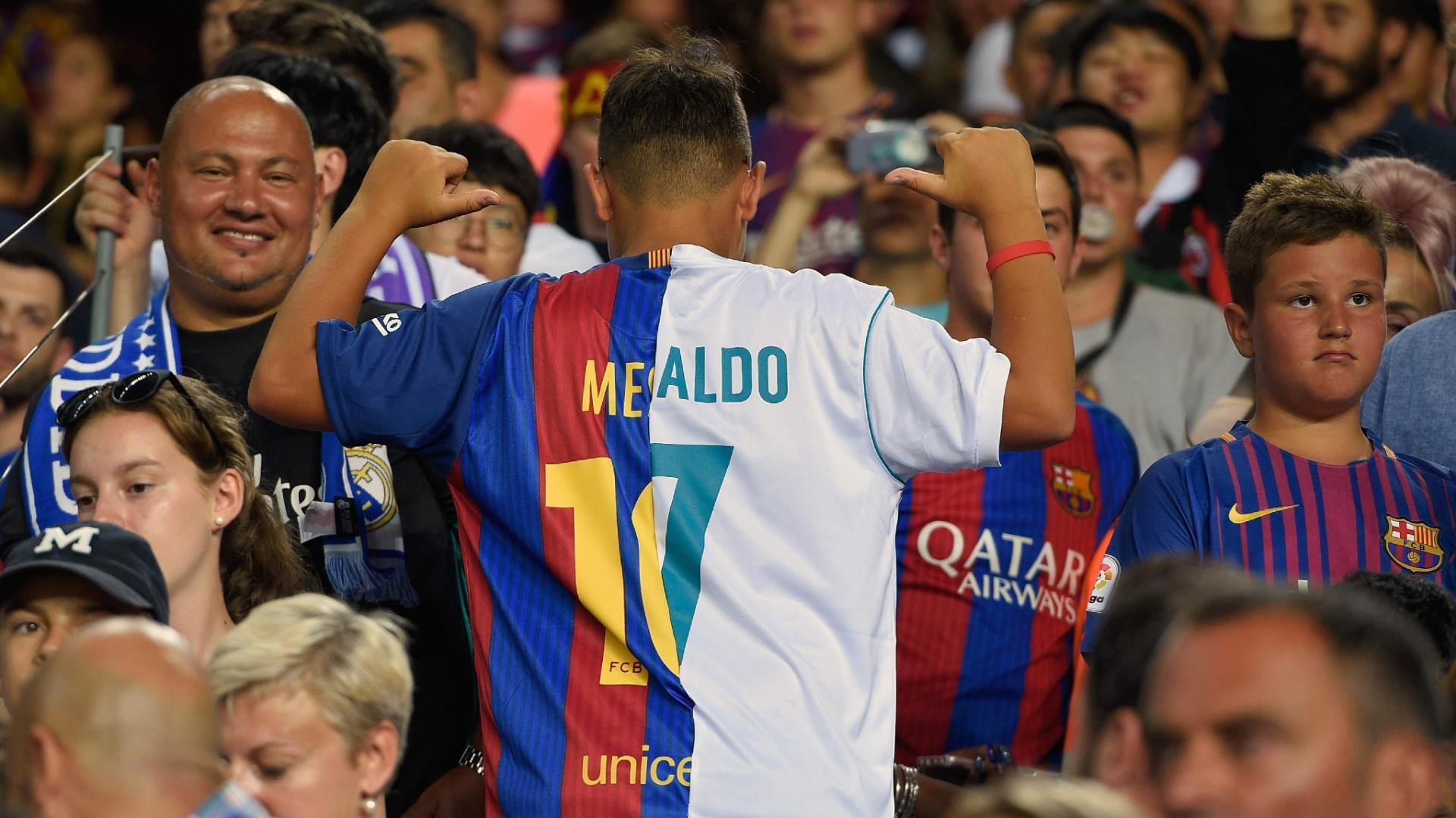 Jogo duplo: garoto foi ao Camp Nou com camisa que mistura Barça e Real