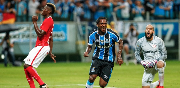 Paulão e Miller Bolaños fazem parte da lista de jogadores que não estão mais em Porto Alegre
