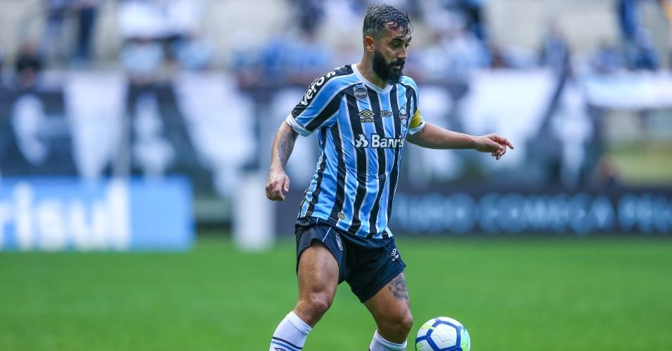 Douglas, durante duelo entre Grêmio e Paraná