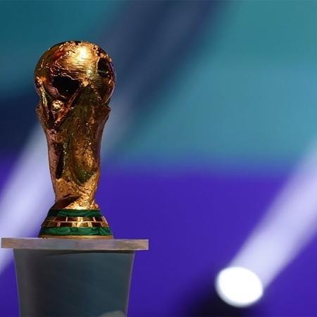 Troféu da Copa do Mundo, torneio de seleções que pode ocorrer a cada dois anos - AFP PHOTO / VANDERLEI ALMEIDA