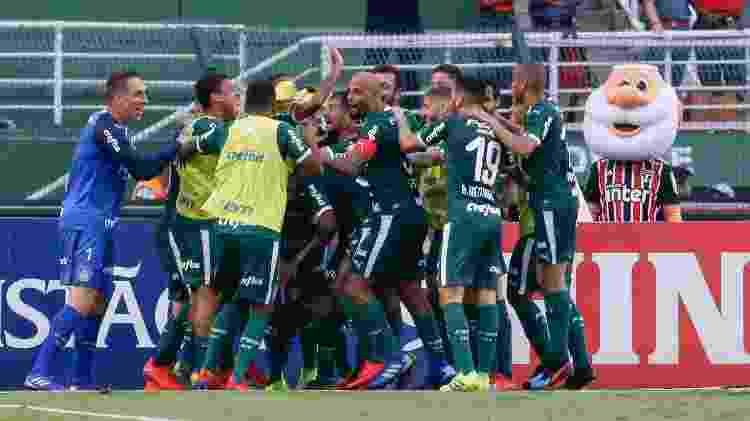 Jogadores do Palmeiras celebram vitória contra o São Paulo - Marcello Zambrana/Agif - Marcello Zambrana/Agif