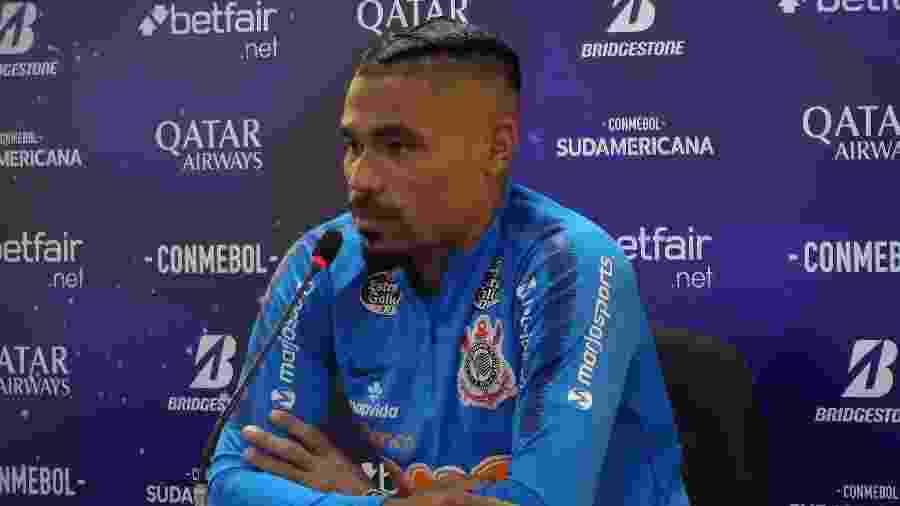 Júnior Urso foi substituído por Gabriel no treino de hoje, de preparação para o jogo contra o Athletico-PR - Gabriel Carneiro/UOL