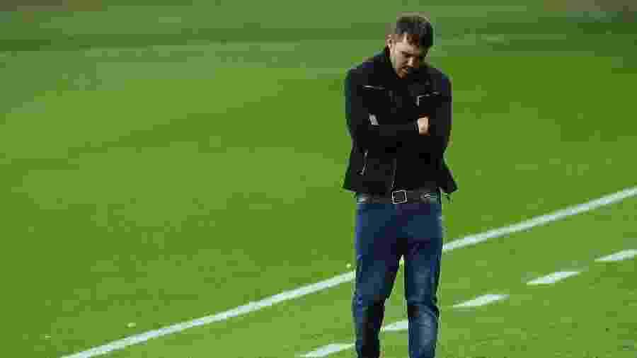 Eduardo Coudet deve estar preocupado com o caminho do Inter na Libertadores - Pedro H. Tesch/AGIF