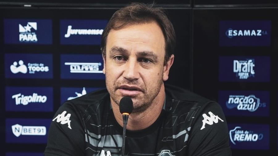 Felipe Conceição, agora no Remo, foi à Justiça para ser liberado burocraticamente pelo Cruzeiro - Samara Miranda/Remo