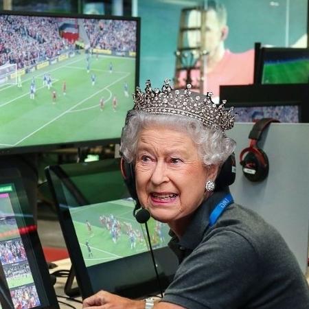 Pênalti marcado para a Inglaterra contra a Dinamarca na Eurocopa rendeu memes na web - Reprodução