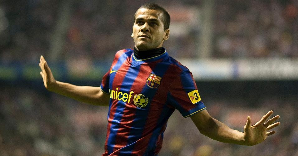 Pelo Barcelona, Daniel Alves conquistou cinco edições do Espanhol e três Liga dos Campeões