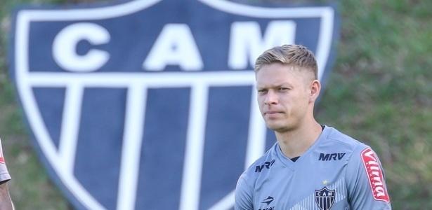 Marlone já treinou na Cidade do Galo, mas ainda não foi apresentado pelo Atlético-MG