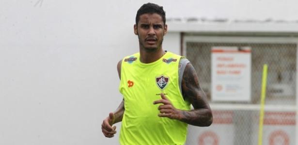 Michael está longe do Fluminense desde o dia 10 de maio e lida com dependência