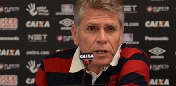 Paulo Autuori pediu demissão após a diretoria mandar Eduardo Baptista embora