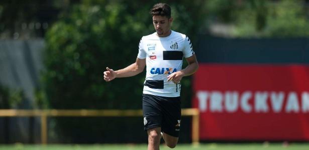 Yuri Alberto em ação durante treino do Santos