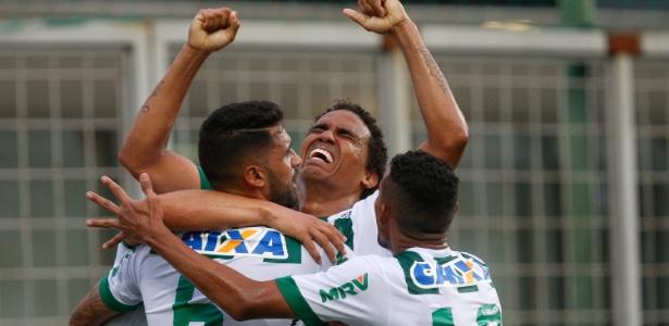 Capitão Rafael Lima fez o gol da vitória que valeu o bicampeonato da Série B ao Coelho