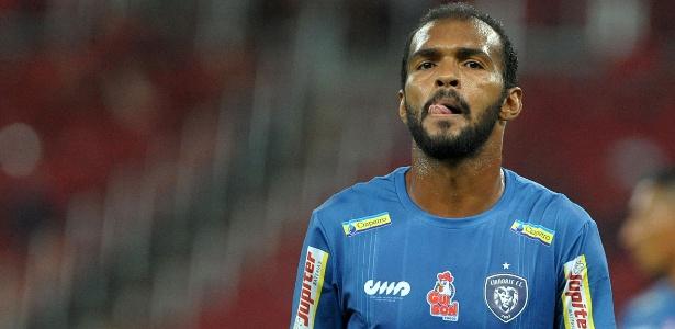 Richarlyson tinha assinado contrato apenas para o Estadual e para a Copa do Brasil