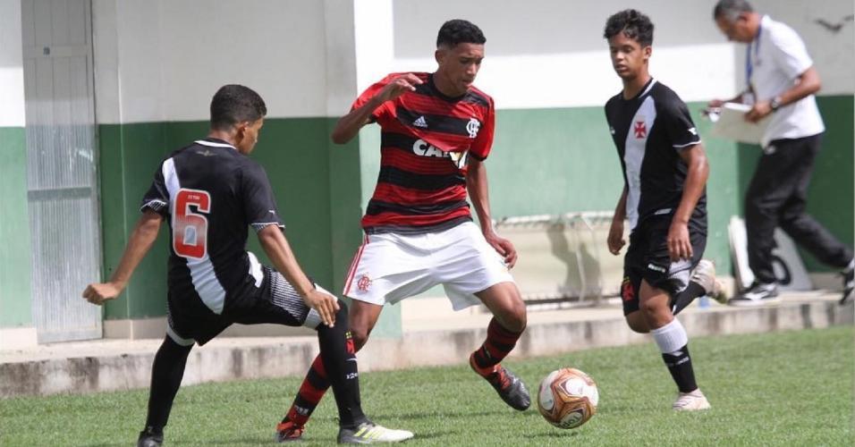 Athila Paixão era atacante do Flamengo e morreu na trágedia no CT do clube