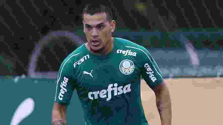 Gustavo Gómez em ação durante treino do Palmeiras na Academia de Futebol - Cesar Greco/Ag. Palmeiras
