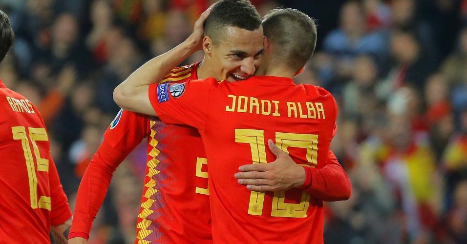 Rodrigo abriu o placar para a Espanha contra a Noruega