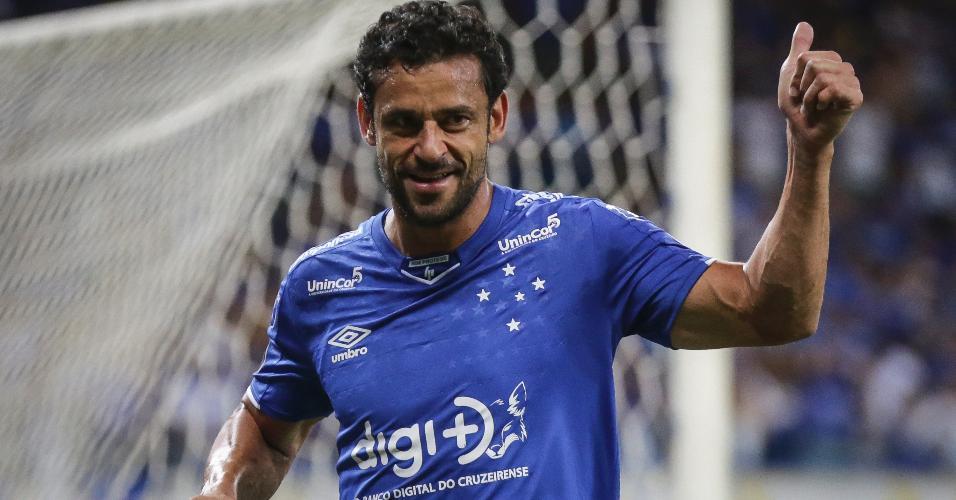 4c6e3a0229b61 Fred em ação pelo Cruzeiro em jogo contra o Deportivo Lara