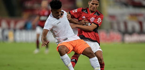 Campeonato Carioca   Com golaço no fim, Fla vence Nova Iguaçu na estreia