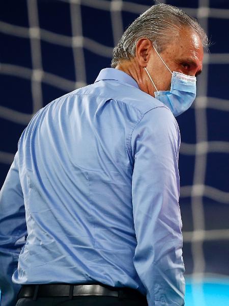 Tite durante partida da seleção brasileira na Copa América: técnico foi multado - Wagner Meier/Getty Images