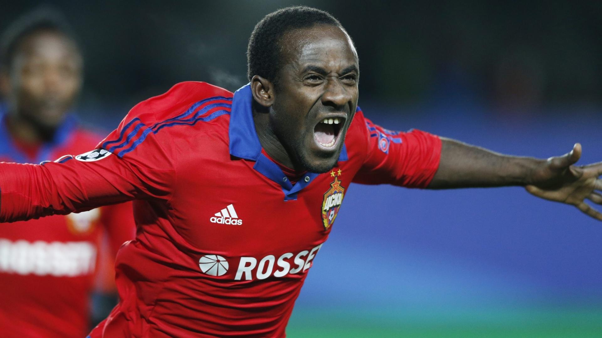 Doumbia comemora após abrir o placar para o CSKA contra o Manchester United pela Liga dos Campeões