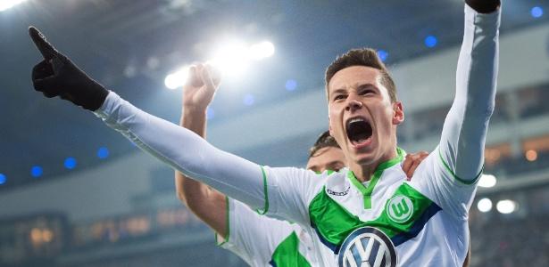 Wolfsburg quer 36 milhões de euros (R$ 124 milhões) pelo meio-campista - Marius Becker/EFE