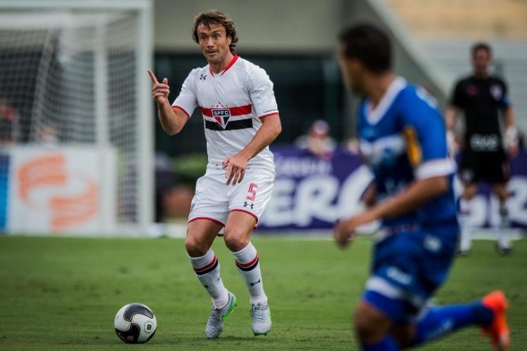 Lugano estreia como titular pelo São Paulo contra o Rio Claro, pelo Campeonato Paulista