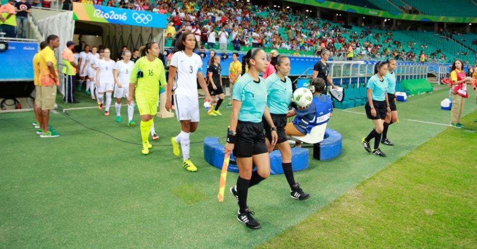 Nova Zelândia e França entram em campo na Arena Fonte Nova