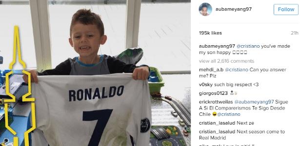 Aubameyang agradece Cristiano Ronaldo por presente ao filho
