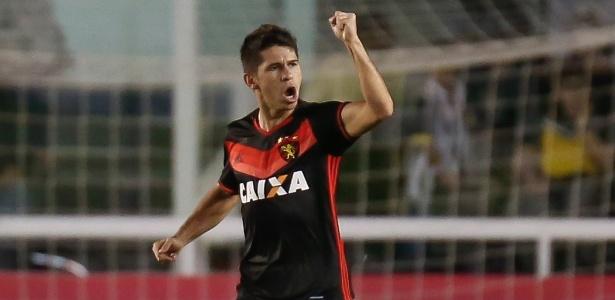 Em 2017, Osvaldo fez 28 jogos com a camisa do Sport e marcou três gols