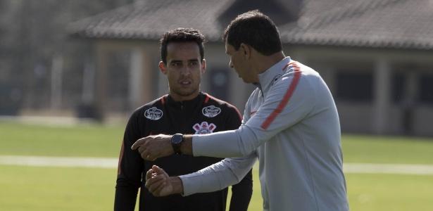 Carille confirmou na manhã deste sábado o time titular do Corinthians para este domingo