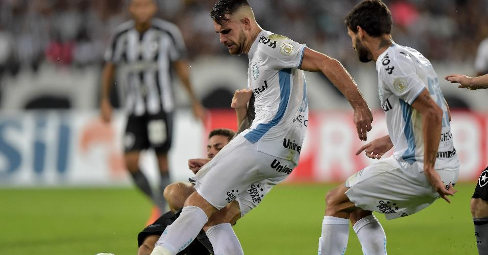Felipe Vizeu, durante partida entre Grêmio e Botafogo