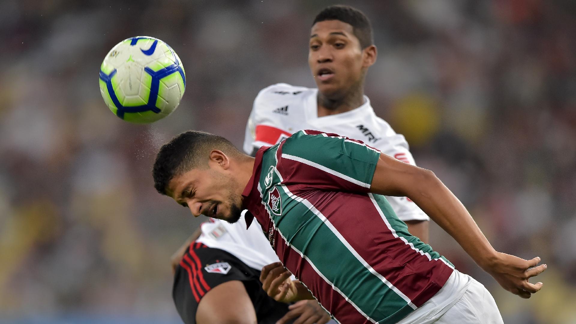 Yuri Lima, jogador do Fluminense, durante partida contra o Sao Paulo pelo Campeonato Brasileiro