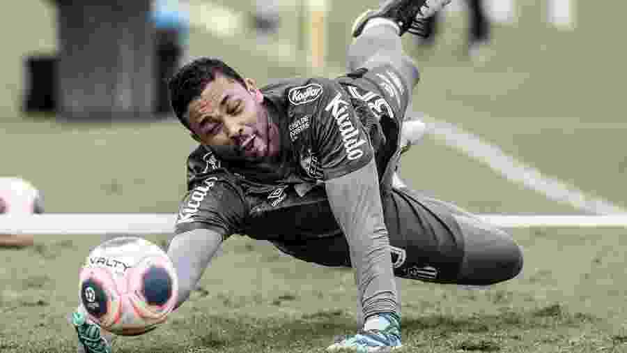 Vladimir, goleiro do Santos, durante treino no CT Rei Pelé - Ivan Storti/Santos FC