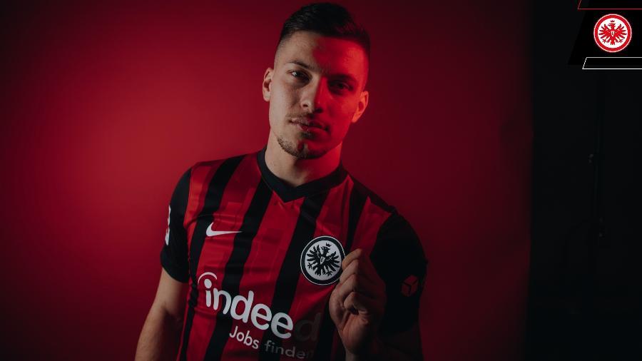 Luka Jovic volta ao Eintracht Frankfurt por empréstimo até o fim da temporada 2021 - Reprodução/Twitter/Eintracht Frankfurt