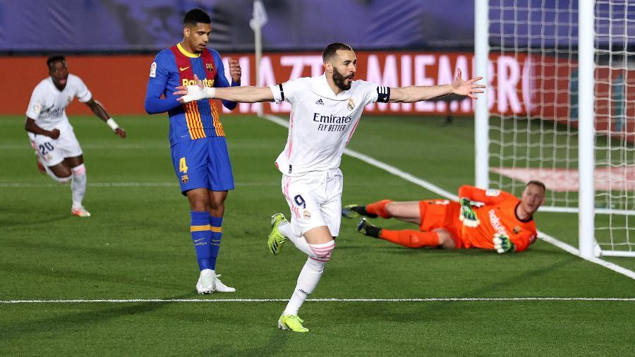 Benzema comemora 1° gol do Real Madrid no clássico contra o Barcelona - Angel Martinez/Getty Images