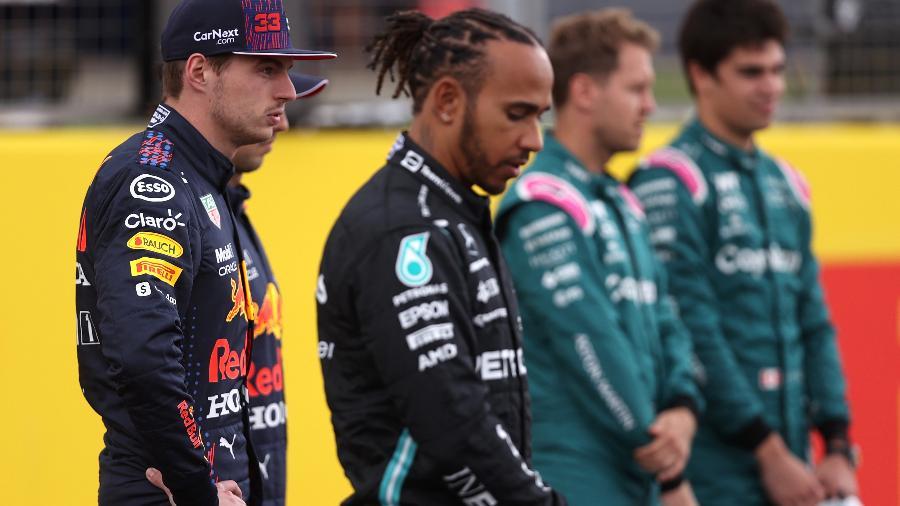 Verstappen e Hamilton durante evento em Silverstone, palco da etapa deste fim de semana da F1 -  Lars Baron/Red Bull Content Pool