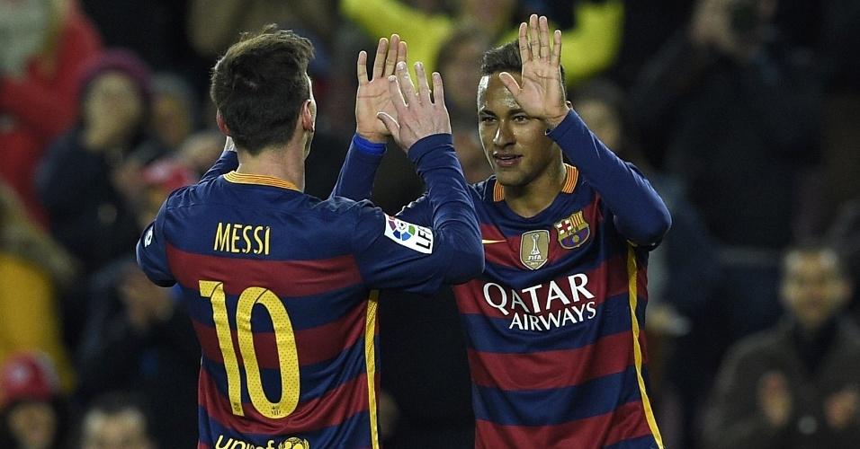 Neymar comemora o seu gol contra o Athletic Bilbao pelo Espanhol